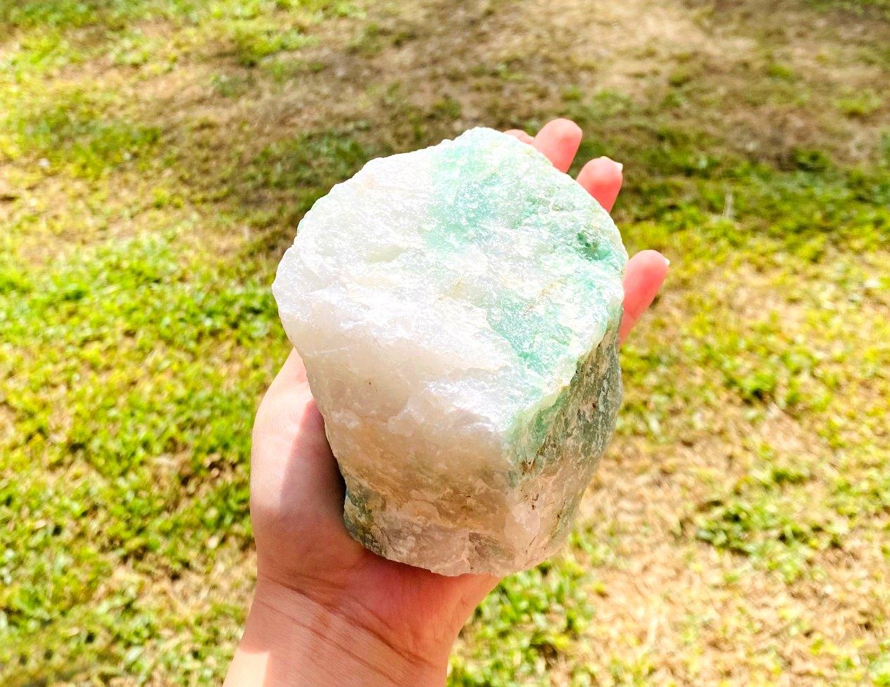 Quartzo Verde com Cristal Bruto    13 cm   1,130 Kg