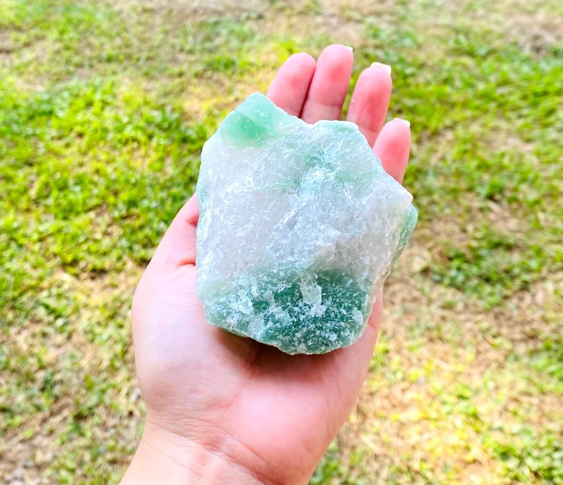 Quartzo Verde com Cristal Bruto  | 8 cm | 0,365 Kg