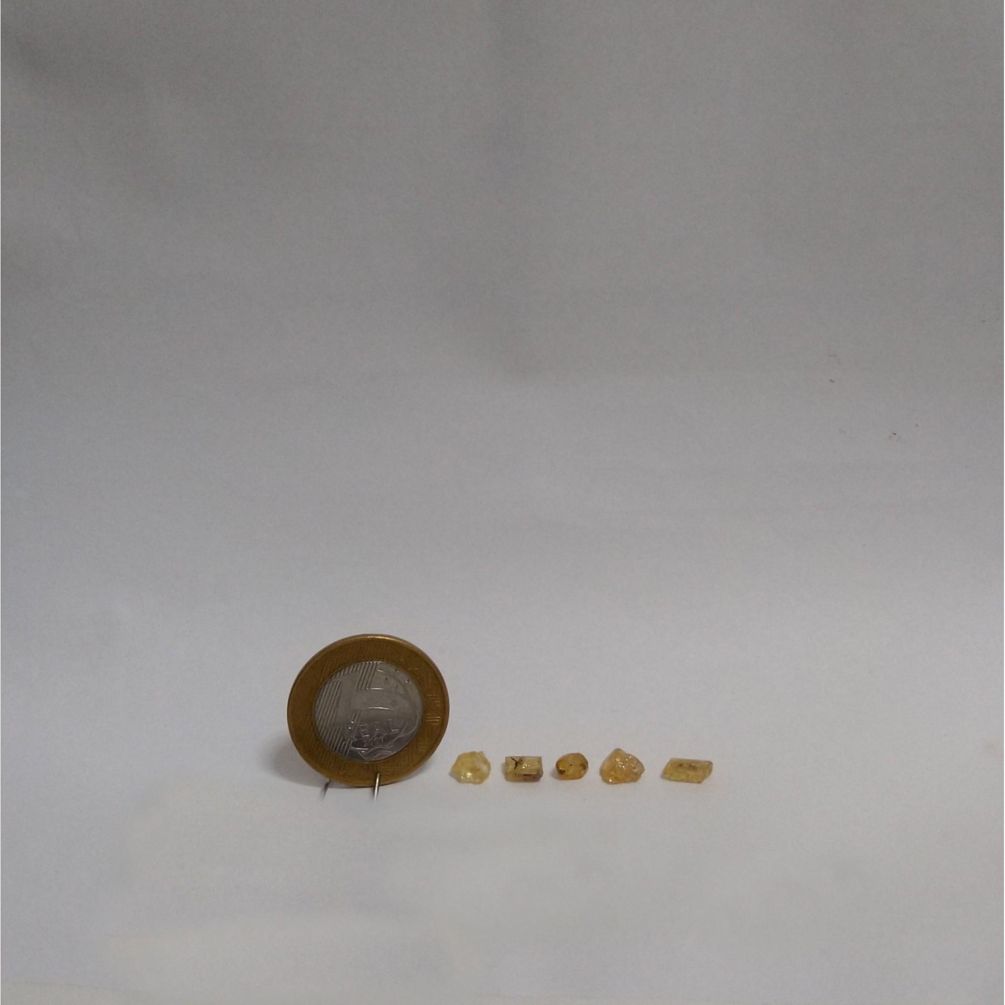 Topázio Imperial - Amarelo Claro - Bruto - 0,5 a 1 cm