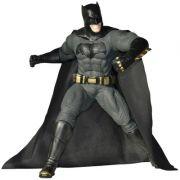 Boneco Batman Clássico