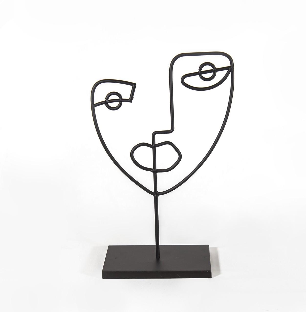 Escultura Preta Em Metal - 28 Cm