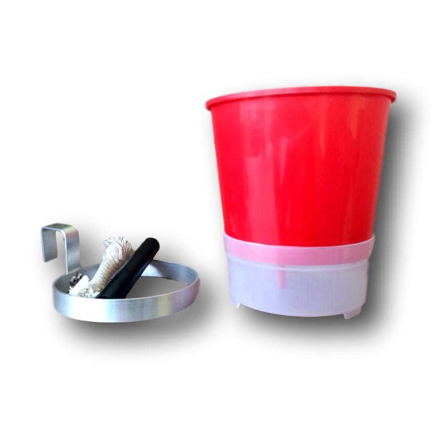 Kit Com 3 Vasos Autoirrigáveis Vermelhos + 3 Suportes Em Alumínio Natural