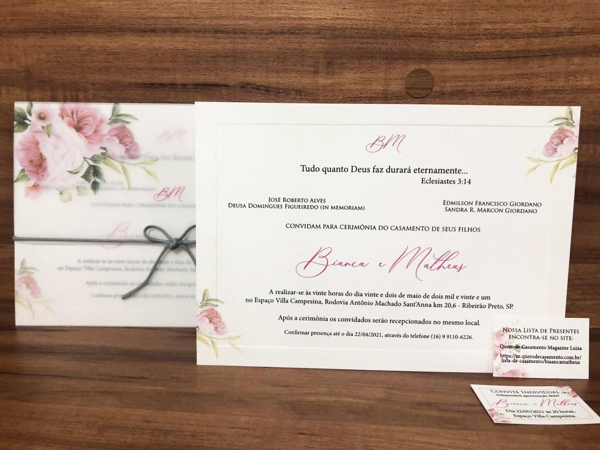 Convite de Casamento em Papel Vegetal Acoplado com Borda Almofadada