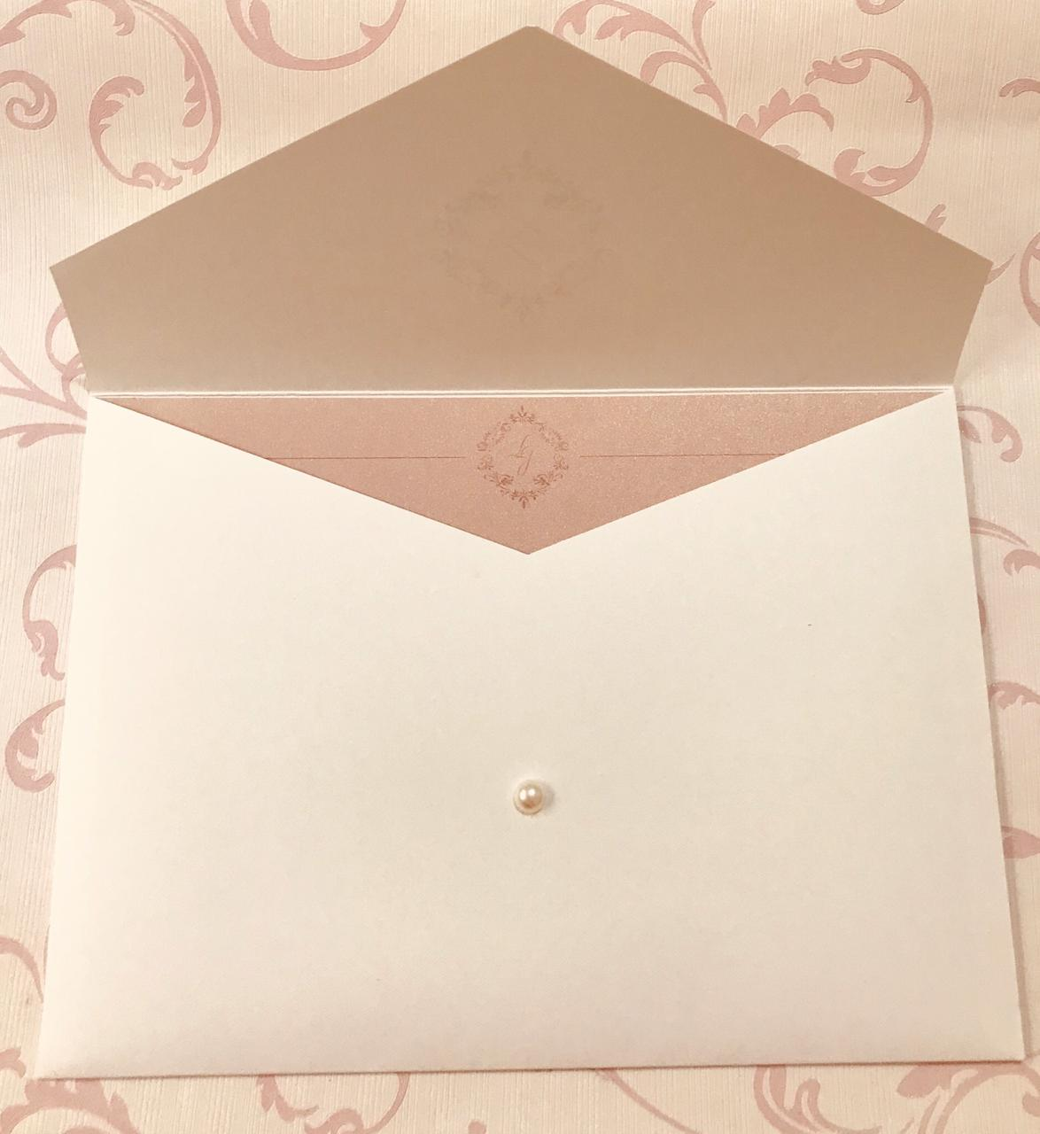 Convite de Casamento Papel Nude Brilhante com Envelope