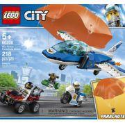 LEGO CITY 60208 PATRULHA AÉREA COM PARAQUEDAS