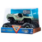 VEÍCULO MONSTER JAM 1:24 COLLECTO SOLDIER FORTUNE 2022 SUNNY