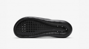 Chinelo Nike Victori One Masculino Preto