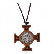 Cordão Cruz de Malta de Madeira de Oliva com Medalha de São Bento