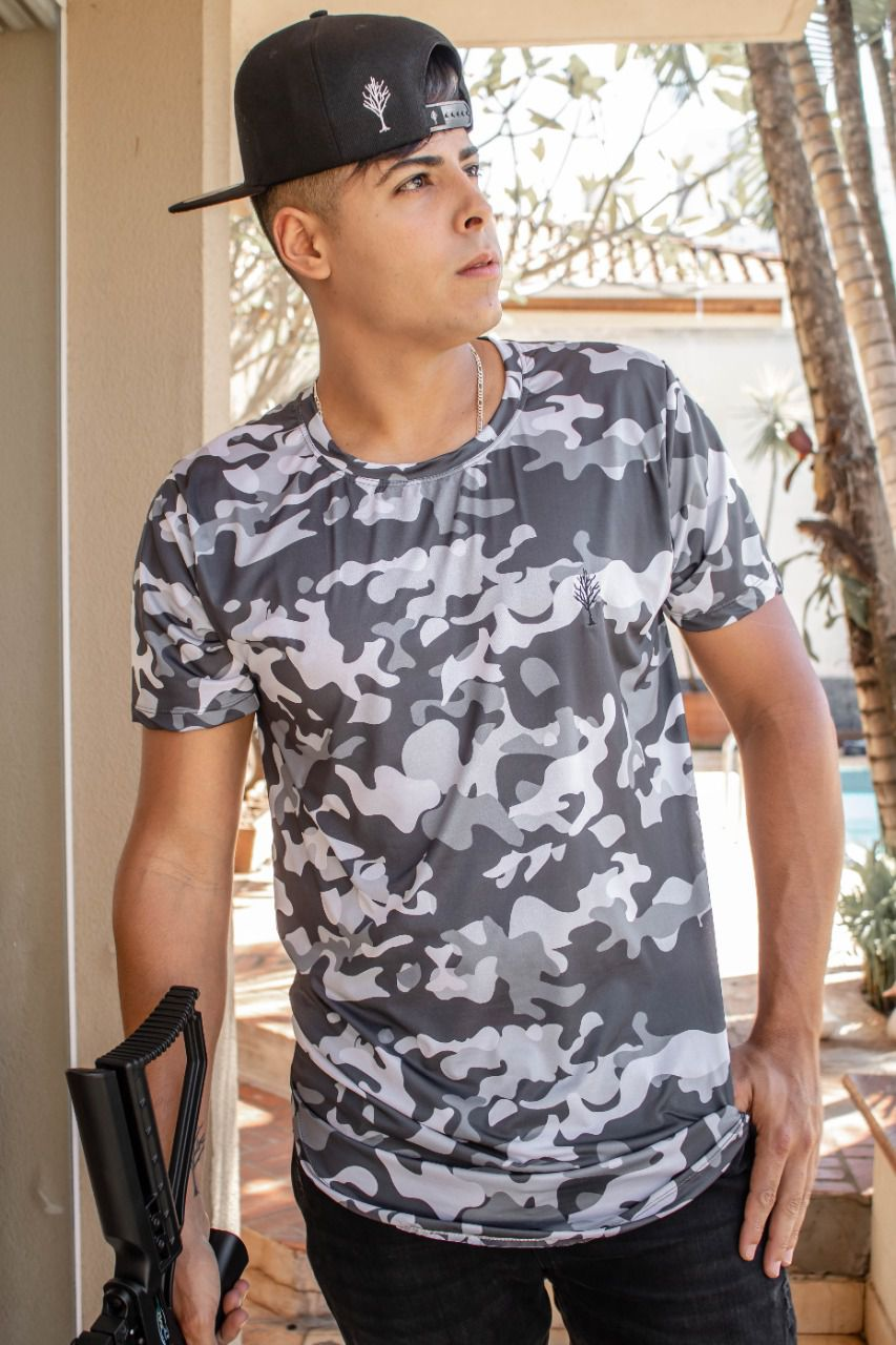 Camiseta Long Camuflada