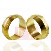 Alianças em Ouro Noivado Casamento Trabalhada Abaulada 8mm 14gr Reta