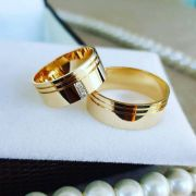 Alianças Ouro Casamento Noivado 18k Polida Pedra Zircônia Anatômica 8mm 13 Gramas