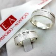 Alianças Prata Compromisso Namoro Quadrada Fosca Anatômica Pedra Zircônia 6mm 10 Gramas o Par