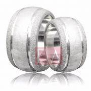 Alianças Prata Compromisso Namoro Redonda Diamantado 12 mm 32 gramas Trabalhada Friso