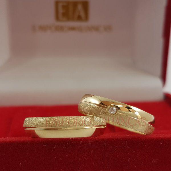 Alianças Ouro 18k Casamento Noivado Redonda Fosca Polida Oca Pedra Zircônia 4mm 3 Gramas