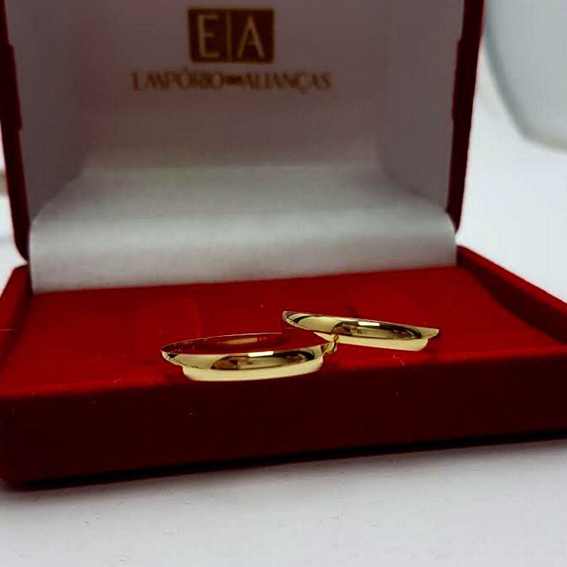 Alianças Ouro 18k Casamento Noivado Tradicional Abaulada Lisa 2,75mm 2,20 Gramas - BLACK FRIDAY
