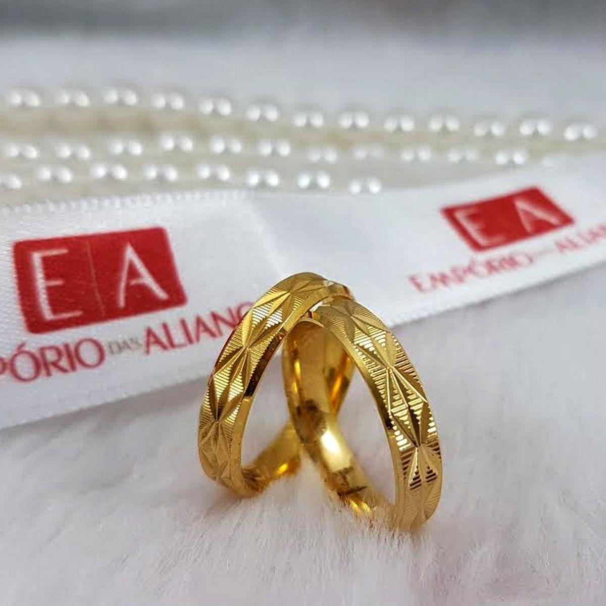 Alianças Ouro 18k Noivado Casamento Quadrada Trabalhada Anatômica 5mm 12 Gramas o Par