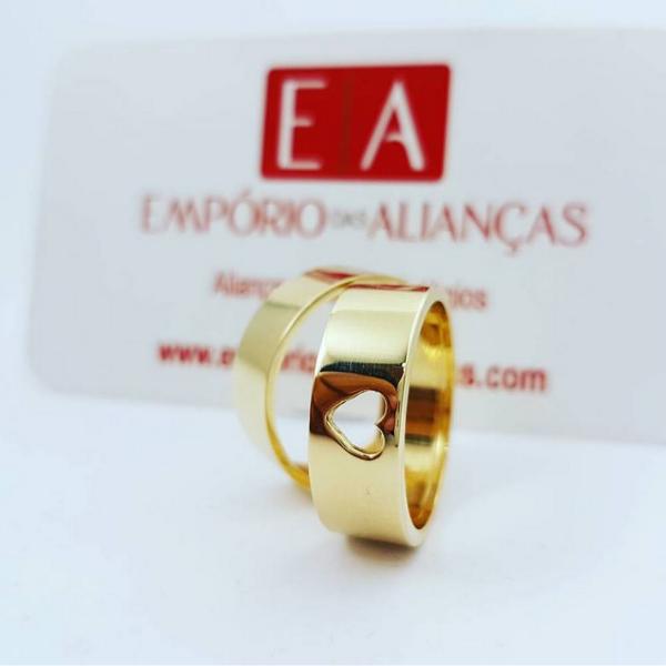 Alianças Ouro Casamento Noivado 18k Quadrada Coração Vazado Oca 7mm 10 Gramas