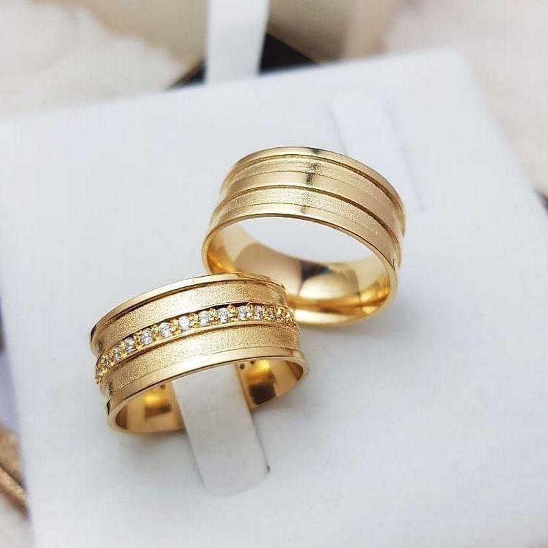 Alianças Ouro Casamento Noivado 18k Quadrada Pedra Zircônia Anatômica 9mm 14 Gramas
