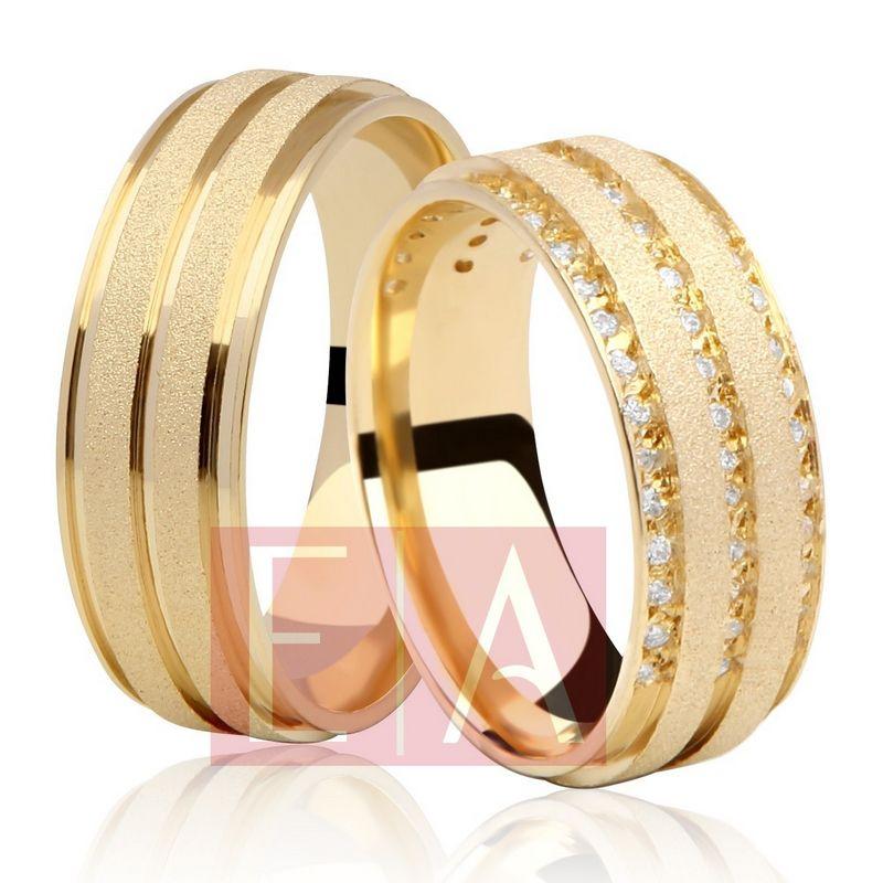 Alianças Ouro Casamento Noivado 18k Quadrada Pedra Zircônia Fosca Anatômica 8mm 19 Gramas