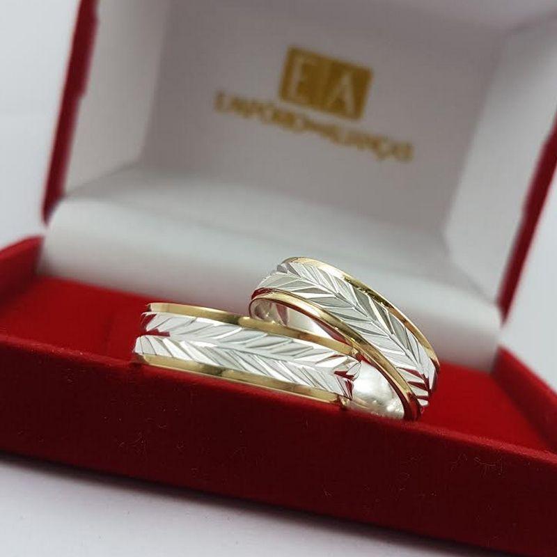 Alianças Prata Compromisso Namoro Filete Ouro 18k Quadrada Anatômica Trabalhada 6mm 10 Gramas o Par