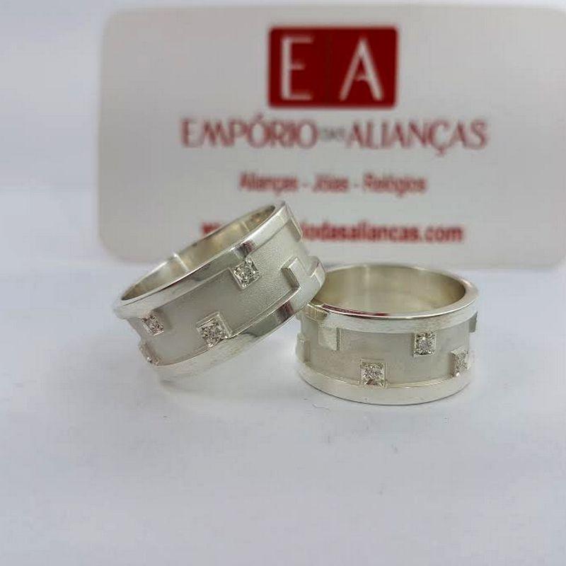 Alianças Prata Compromisso Namoro Larga Anatômica Pedra Zircônia 10mm 14 Gramas