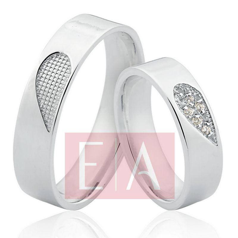 Alianças Prata Compromisso Namoro Pedra Zircônia Formato Coração 5mm 8 Gramas Anatômica