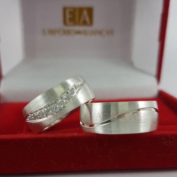 Alianças Prata Compromisso Namoro Quadrada Anatômica Fosca Acetinada Zircôrnia 8mm 16 gramas