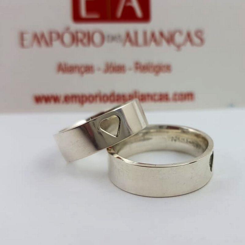 Alianças Prata Compromisso Namoro Quadrada Coração Vazado Anatômica 6mm 10 Gramas