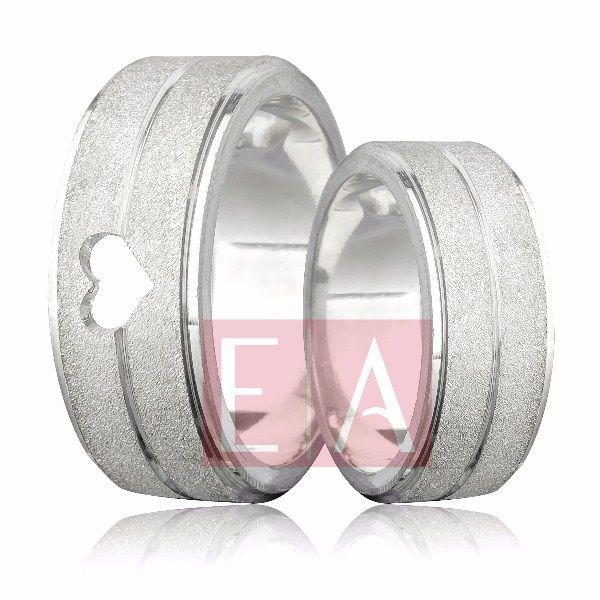 Alianças Prata Compromisso Namoro Quadrada Fosca Diamantada Coração 8mm 18 gramas Anatômica Trabalhada