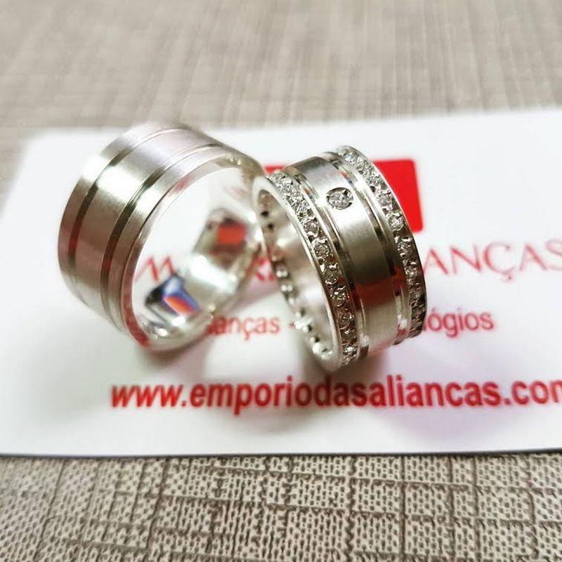 Alianças Prata Compromisso Namoro Quadrada Pedra Zircônia Cravejada Anatômica 9mm 17 Gramas