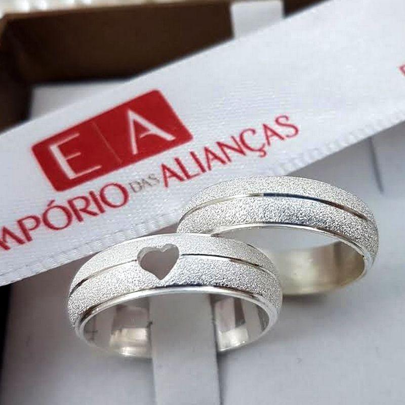 Alianças Prata Compromisso Namoro Redonda Coração Vazado Fosca Anatômica 6mm 10 Gramas