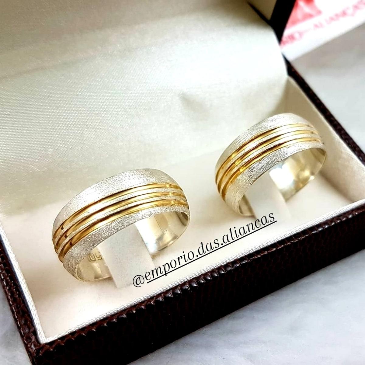 Alianças Prata Namoro com Ouro