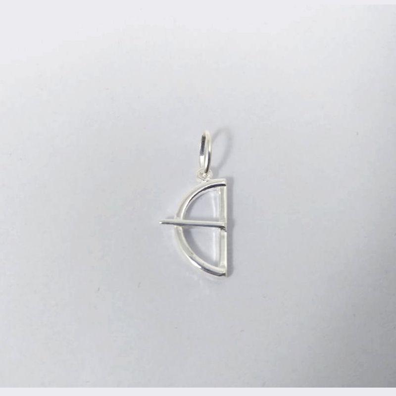Pingente Arco e Flecha Prata 925 Pequeno Maciço Polido 1,20 Gramas Unissex