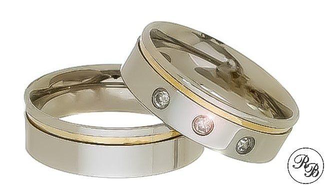 Aliança de aço inox reta com 3 pedras | Friso | Filete de ouro | 6 mm