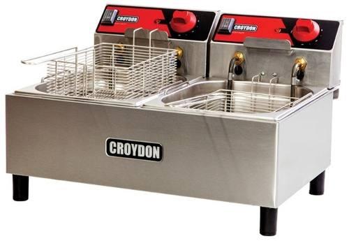 Fritadeira Dupla Croydon Fc2b Elétrica 2x4,5 Litros