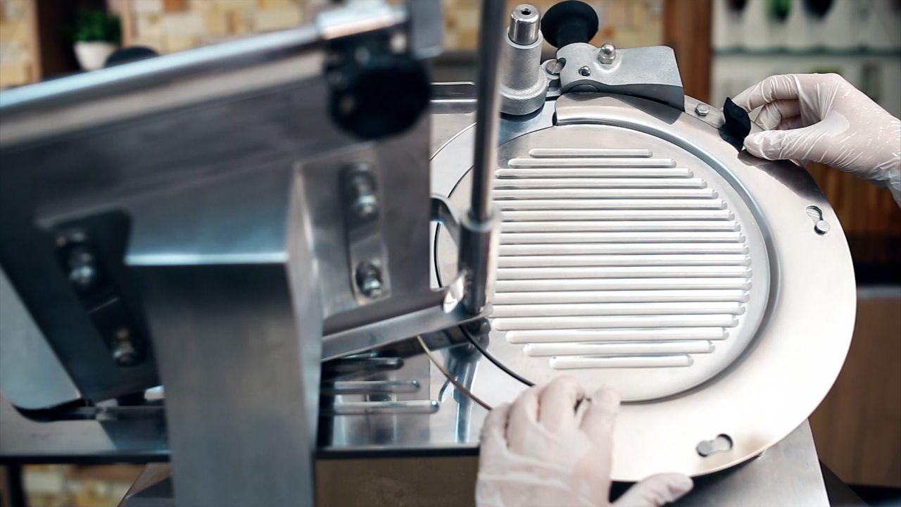 Cortador Fatiador Frios Automático Inox Skymsen Siemsen CA300L 300mm
