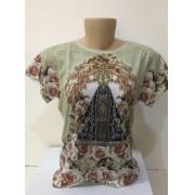 Camiseta estampa Nossa Senhora Aparecida com apliques