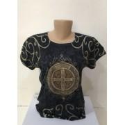 Camiseta estampa medalha de São Bento