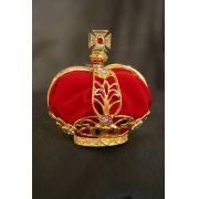 Coroa banhada a ouro - com veludo vermelho interno - adornada com pedras - diâmetro da base 33mm - para imagem de Nossa Senhora de Fátima de 55cm