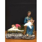 Imagem Maria dormindo e São José com Menino Jesus no colo - fabricada em gesso - altura 40cm