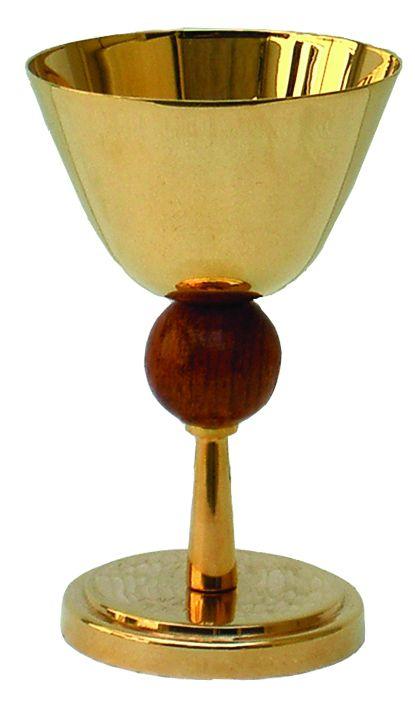 Cálice liso com detalhe em madeira - dourado ou niquelado - altura 17cm - diâmetro da copa 11cm - (acompanha patena)