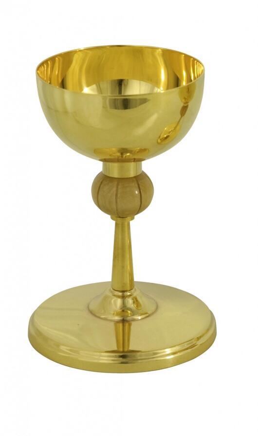 Cálice alto com detalhe - dourado ou niquelado - altura 18cm - diâmetro da copa 11cm - (acompanha patena)