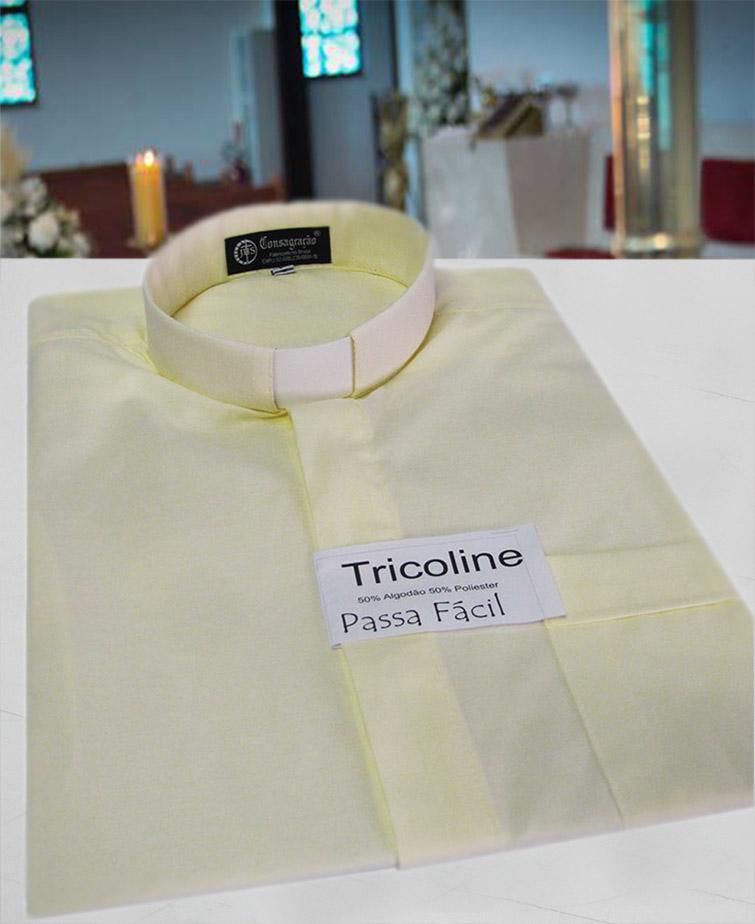 Camisa Clerical na cor bege em tricoline  50% algodão 50% poliéster - tamanhos PP, P, M, G e GG