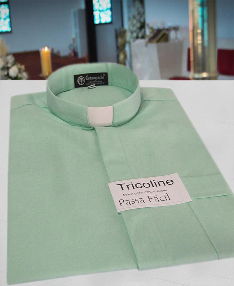 Camisa Clerical na cor verde em tricoline  50% algodão 50% poliéster - tamanhos PP, P, M, G e GG