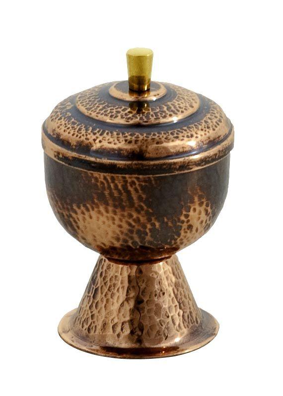 Cibório em cobre - altura 11cm - diâmetro da copa 11cm - capacidade para 75 partículas