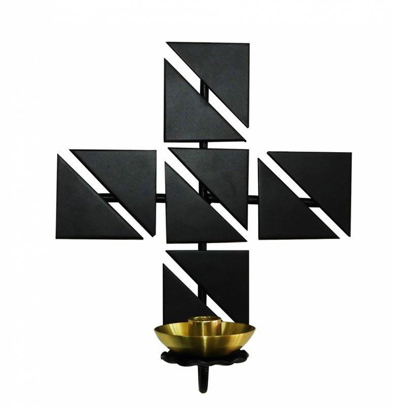 Cruz para Dedicação, confeccionada em aço - dimensões 22x25cm