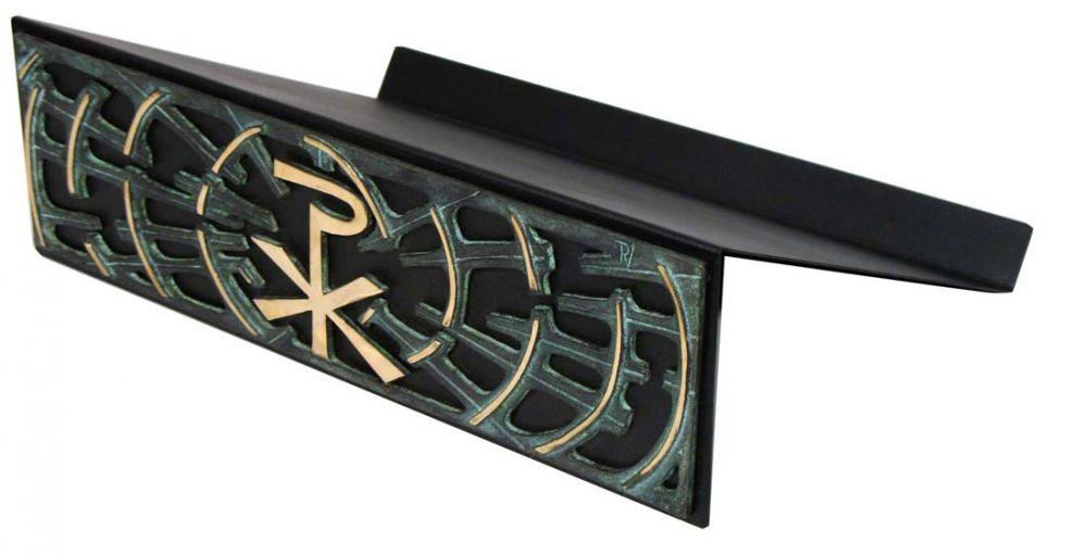 Estante para leitura de mesa - estrutura de ferro e frontão em bronze fundido com pátina verde - dimensões 36x26cm