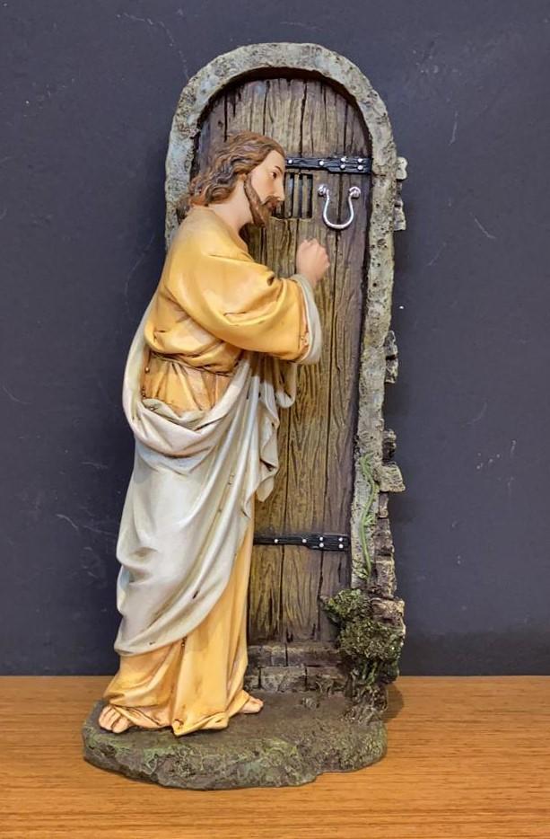 Imagem Jesus batendo na porta - em resina - 29x14cm