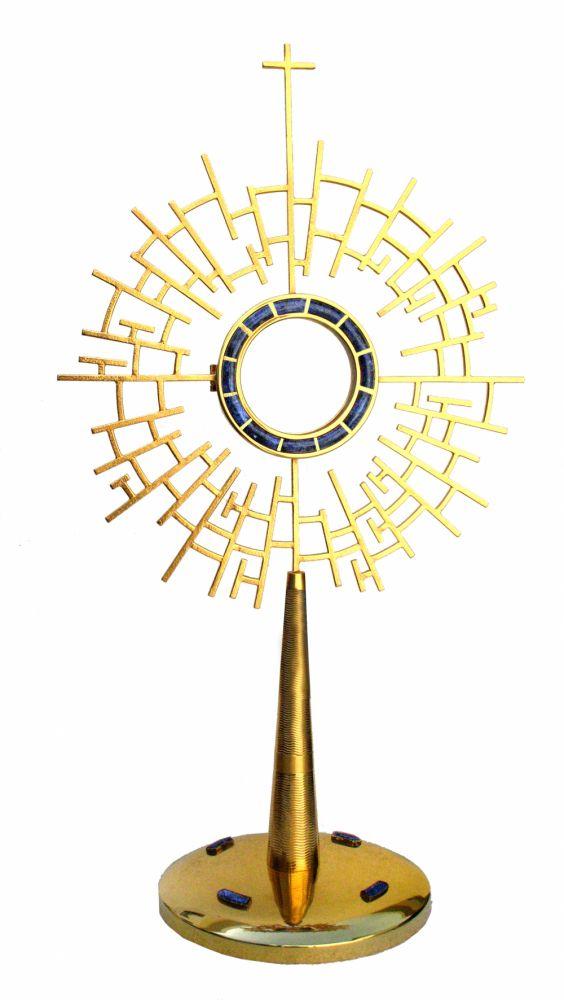 Ostensório modelo labirinto - com banho de ouror e camada de verniz protetora - altura 65cm - para Hóstia de 8cm