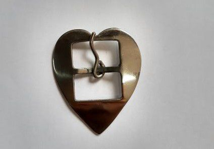 Fivela Coração Feita em Inox M